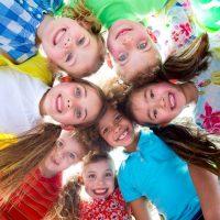 kids-in-circle